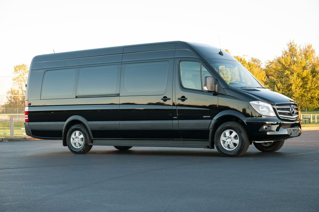 mercedes-sprinter-limo-rental-miami